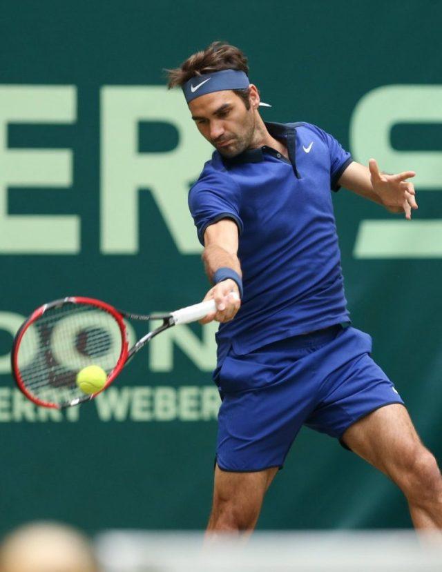 Federer-vs.-Zverev-Halle-768x995